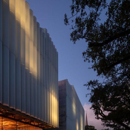 steven-holl-kinder-building-museum-fine-arts-houston-designboom-08
